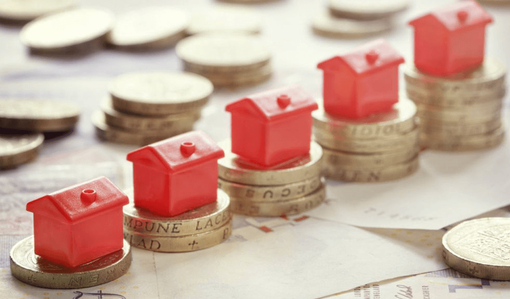 Do traditional estate agents get a better price for your home?
