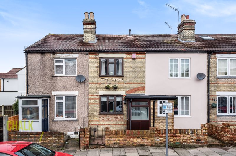 Claremont Road, Hornchurch, RM11
